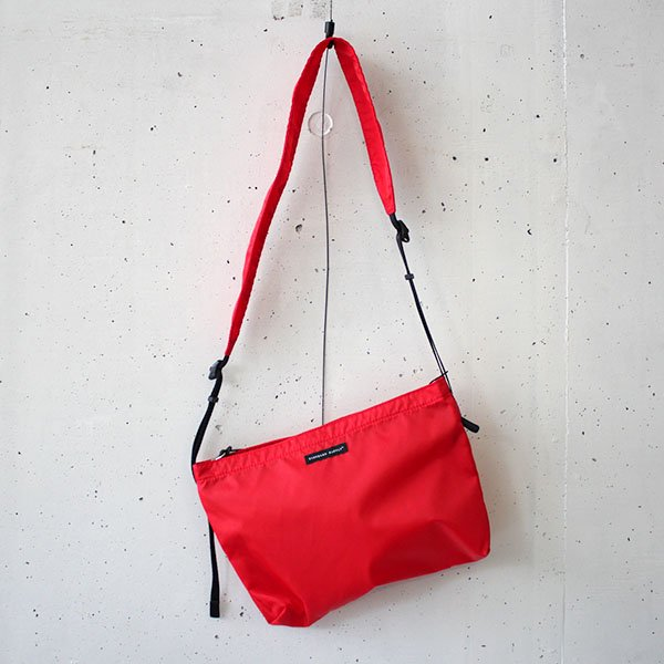 STANDARD SUPPLY(スタンダードサプライ)WEEKENDER / PACKABLE SHOULDER M RED