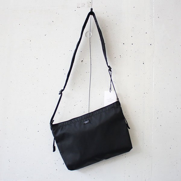STANDARD SUPPLY(スタンダードサプライ)WEEKENDER / PACKABLE SHOULDER M BLACK