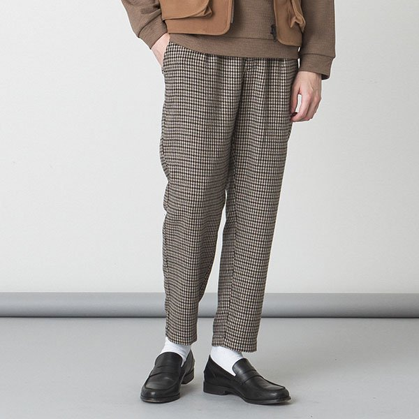 SLICK(スリック)Gunclub Check Tapered Slacks - BEIGE