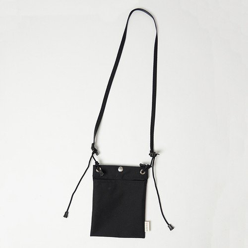 nunc(ヌンク)NN105 3 Layered Nylon Pouch