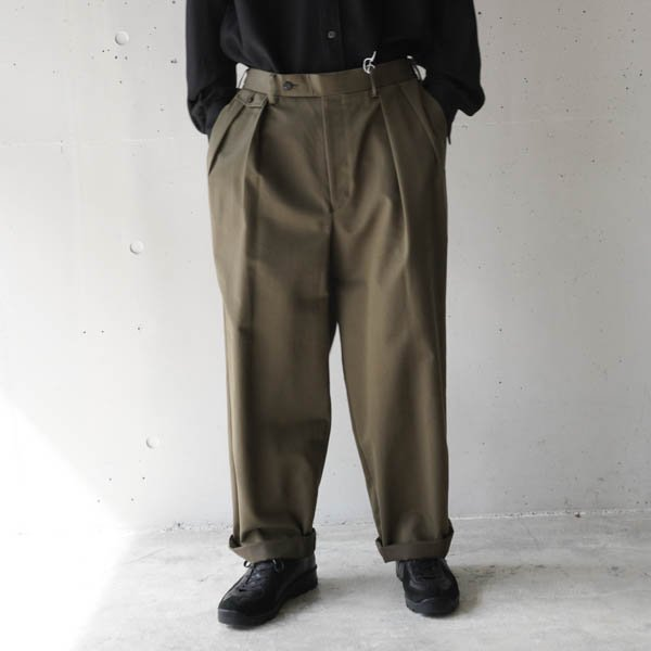 <img class='new_mark_img1' src='https://img.shop-pro.jp/img/new/icons10.gif' style='border:none;display:inline;margin:0px;padding:0px;width:auto;' />marka (マーカ) FLAP POCKET TROUSERS