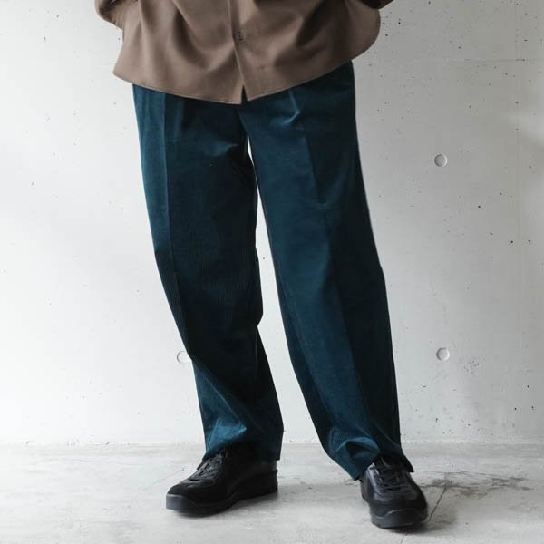 MARKAWARE (マーカウエア) 2 PLEATED COMFORT FIT TROUSERS ORGANIC COTTON SELVEGE CORDUROY