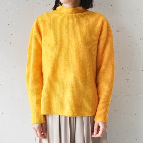 <img class='new_mark_img1' src='https://img.shop-pro.jp/img/new/icons9.gif' style='border:none;display:inline;margin:0px;padding:0px;width:auto;' />OUD(ウード) Alpaca knit Pullover