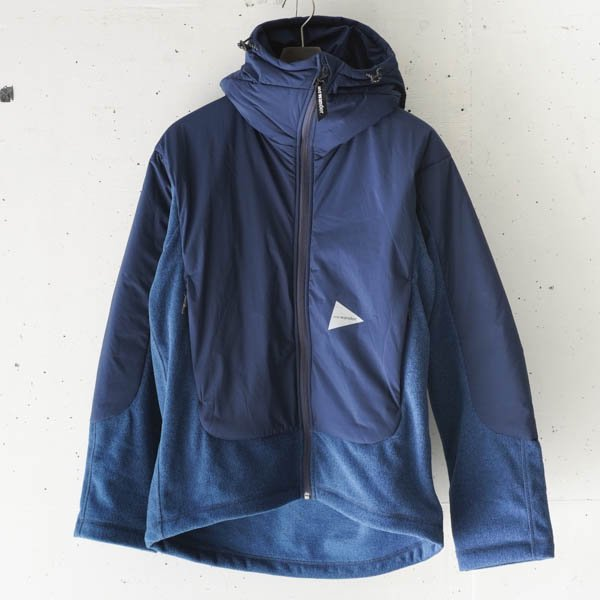 and wander(アンドワンダー) top fleece jacket
