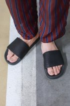 is-ness / SHOWER SANDAL