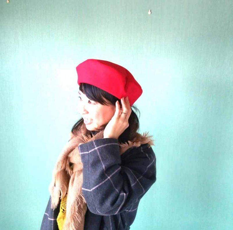国産fフラノ little by little ベレー帽 カラーで楽しむ冬のベレーコーデ 上級者になれる赤