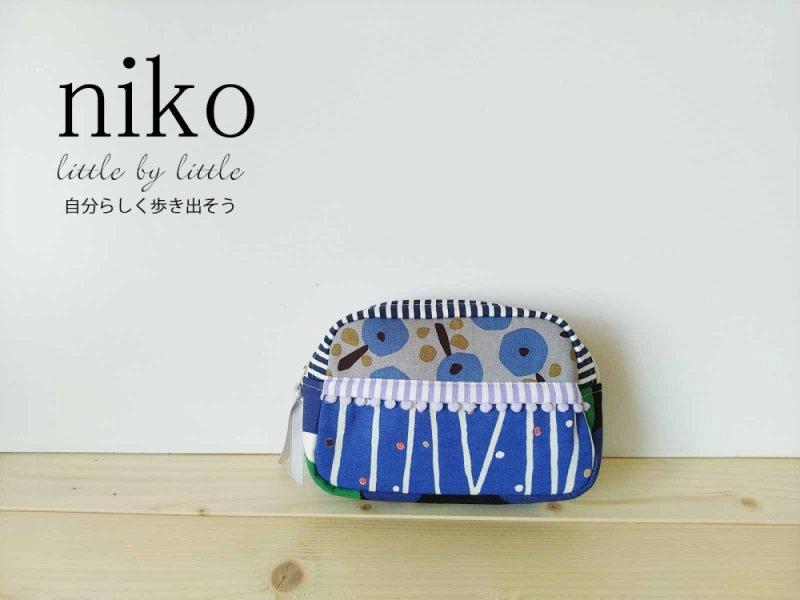 再販 青で表す日本を感じるポーチ 絵本をめくるように楽しい大き目ポーチ ティッシュケース付き