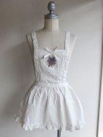 勿忘草刺繍のミニエプロン(たくしあげクリップ付き)ホワイト/PINKHOUSE ピンクハウス