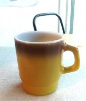スタッキングマグ グラデーション茶〜黄土色 Firekingファイヤーキング (1960年代)