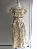 スモッキング刺繍ワンピース アイボリー 商品番号:K03FA10 2000年秋 /KANEKOISAO カネコイサオ