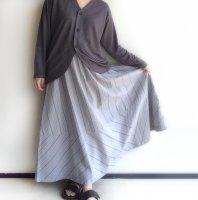 マキシフレアスカート グレー MAXI FLARE SKIRT Grey/NAPRON