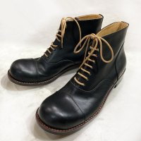 「follow フォロー」トイアーノ・キャメル/おでこ靴職人ヒラキヒミ。
