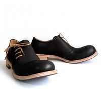 【終了しました】「dance dance dance」トイアーノ・ブラック×ブラック/おでこ靴職人ヒラキヒミ。