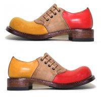 「dance dance dance」トイアーノトリプル・レッド×キャメル/おでこ靴職人ヒラキヒミ。