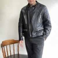 1970年代イギリス製ウルフレザーのライダースジャケット 1970's British Leather Rider's Blouson by WOLF LEATHER Black<img class='new_mark_img2' src='https://img.shop-pro.jp/img/new/icons3.gif' style='border:none;display:inline;margin:0px;padding:0px;width:auto;' />