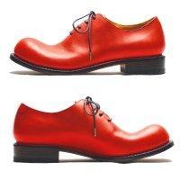 東雲 しののめ・レッド/おでこ靴職人ヒラキヒミ。
