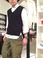 コットンニットVネックベスト ブラック cotton knit v-neck vest black/DjangoAtour