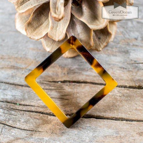 【プラパーツ】穴ありダイヤフレーム  《べっこう》 [鼈甲,秋,オータム,菱,四角形,スクエア,フレーム,コネクター,空枠,ひし…