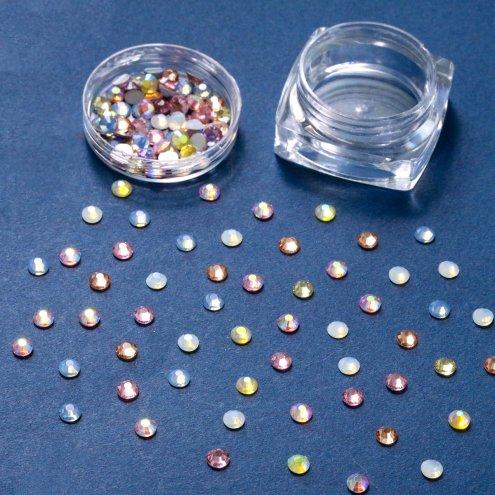 【ビジュー・ラインストーン】約4mm A級ガラス ラインストーン 《ゆめかわオパール》 [デコ,石,ダイヤ,キラキラ,貼,レジン封入]
