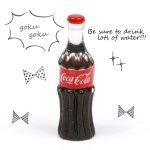 【チャーム】ウォーターペットボトル《クリア×ブラック》[コーラ,ミニチュア,リアル,面白,水,ドリンク]