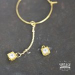【高品質ヴィンテージ風パーツ】シンプルスクエアビジューB《真鍮色×クリア》[四角,宝石,jewel,コネクター,高級感]