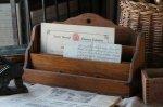 ◎△お急ぎ便不可△ 美しい木肌が魅力のレターラック イギリスアンティークインテリア雑貨 eo181041