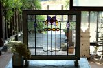 ◎△お急ぎ便不可△ ステンドグラス 紫の花模様 クリアガラス イギリスアンティーク