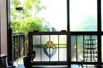 ◎△お急ぎ便不可△ ステンドグラス ピンクのバラ ブルー グリーン イギリスアンティーク 1/3
