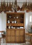 ◎△お急ぎ便不可△ 収納上手!引き戸付きのオールドパインカップボード(食器棚) イギリスアンティーク家具