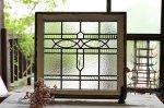 ◎△お急ぎ便不可△ ゆらゆらしたガラスが素敵なステンドグラス 無色 幾何学 イギリスアンティーク窓