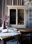 ◎△お急ぎ便不可△ 1880'sシャビーな白色のガラスキャビネット(飾り棚) イギリスアンティーク家具