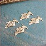 小枝を運ぶ小鳥のモチーフ4個セット
