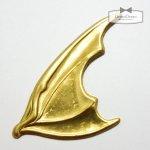 【ブラスチャーム】悪魔の羽 《真鍮色》 [羽根,フェザー,大きめ,モチーフ,バットマン,ハネ,はね]
