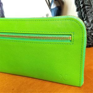 L型長財布(黄緑)