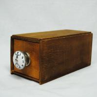 取っ手のかわいいスタッキングドロワー clock