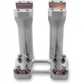 トラスクパフォーマンス ASSAULT ライザーとクランプ 6インチライズ アルミ無垢 1インチ径ハンドル用 0602-0878
