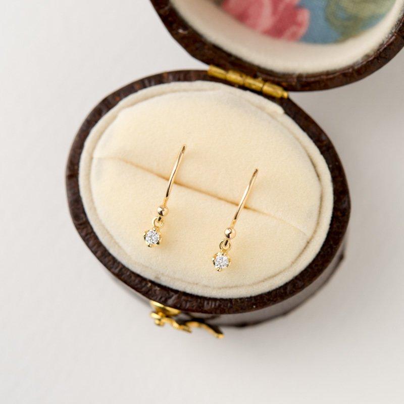 ルミエール ダイヤモンド K18 スイングピアス