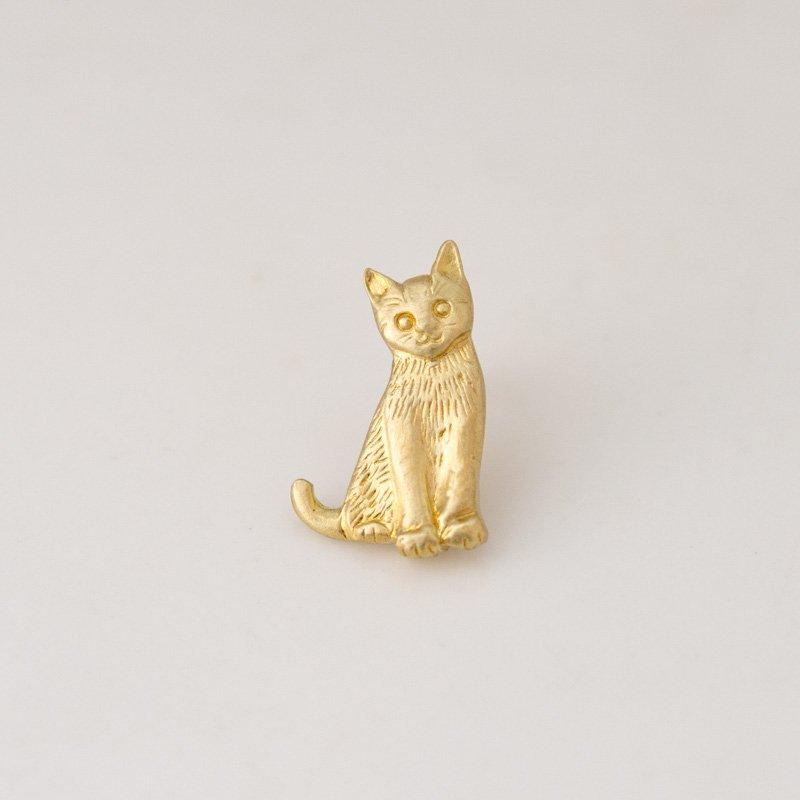 子猫のピンバッチ