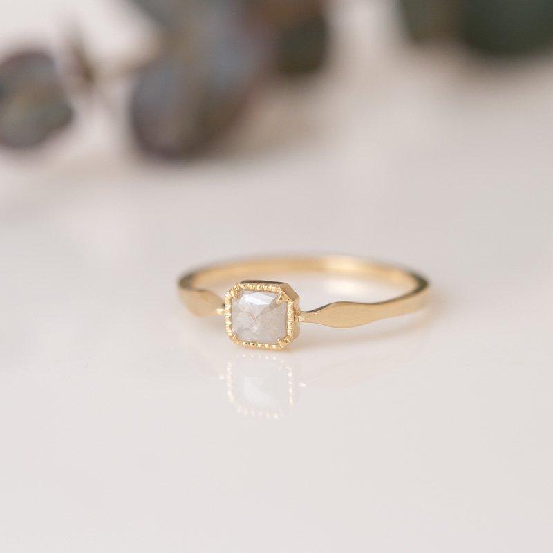 【1点もの】ミルキースキン ナチュラルダイヤモンド K18YG リング