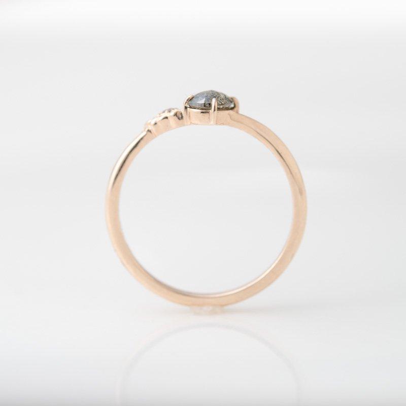 【1点もの】カーボンドット ナチュラルダイヤモンド  K10YG リング