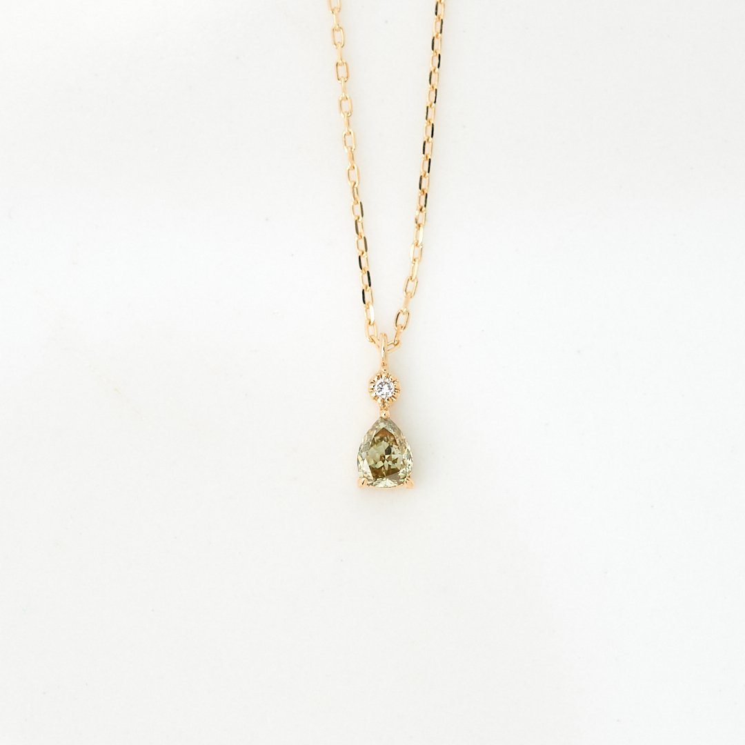 【1点もの】ライトグリーンダイヤモンド 若葉 K18 ネックレス