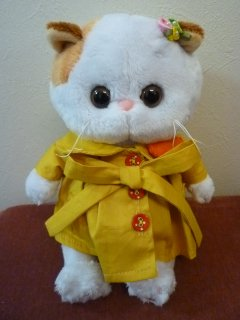 <img class='new_mark_img1' src='https://img.shop-pro.jp/img/new/icons5.gif' style='border:none;display:inline;margin:0px;padding:0px;width:auto;' />Li-Li BABY in a raincoat with heart