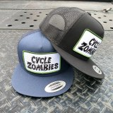 <img class='new_mark_img1' src='https://img.shop-pro.jp/img/new/icons11.gif' style='border:none;display:inline;margin:0px;padding:0px;width:auto;' />CYCLE ZOMBIES サイクルゾンビーズ  PTTH-003 『  MPH  』 STANDARD TRUCKER HAT ハット メッシュ キャップ BLACK / NAVY  帽子