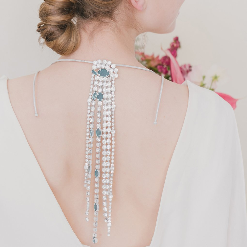 <img class='new_mark_img1' src='https://img.shop-pro.jp/img/new/icons8.gif' style='border:none;display:inline;margin:0px;padding:0px;width:auto;' />【R】Crystal Chain Necklace(クリスタルチェーンネックレス)(シルバー)Maison Margiela(メゾンマルジェラ)