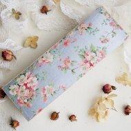 Sparrows Chocolates ピンクのお花模様の紙箱 ペーパーボックス