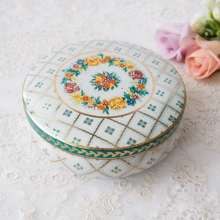【カナダ発送】薔薇とお花の模様 ラウンド ティン缶 / アンティーク・ヴィンテージ雑貨