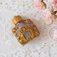 【カナダ発送】ゴールドトーン お花模様 ミニパフュームボトル 香水瓶 A / アンティーク・ヴィンテージ雑貨