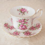 イギリス Royal Albert ロイヤルアルバート ピンクローズ 薔薇 カップ&ソーサー