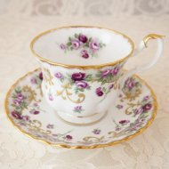 イギリス Royal Albert ロイヤルアルバート パープルローズ 薔薇 カップ&ソーサー