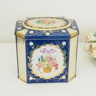 イギリス 花かごとリボン ブルー ティン缶  / アンティーク・ヴィンテージ雑貨